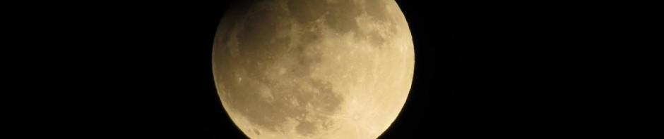 Zatmění Měsíce - čas 22.08