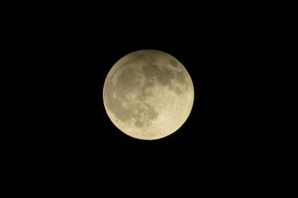 Zatmění Měsíce - čas 22.54