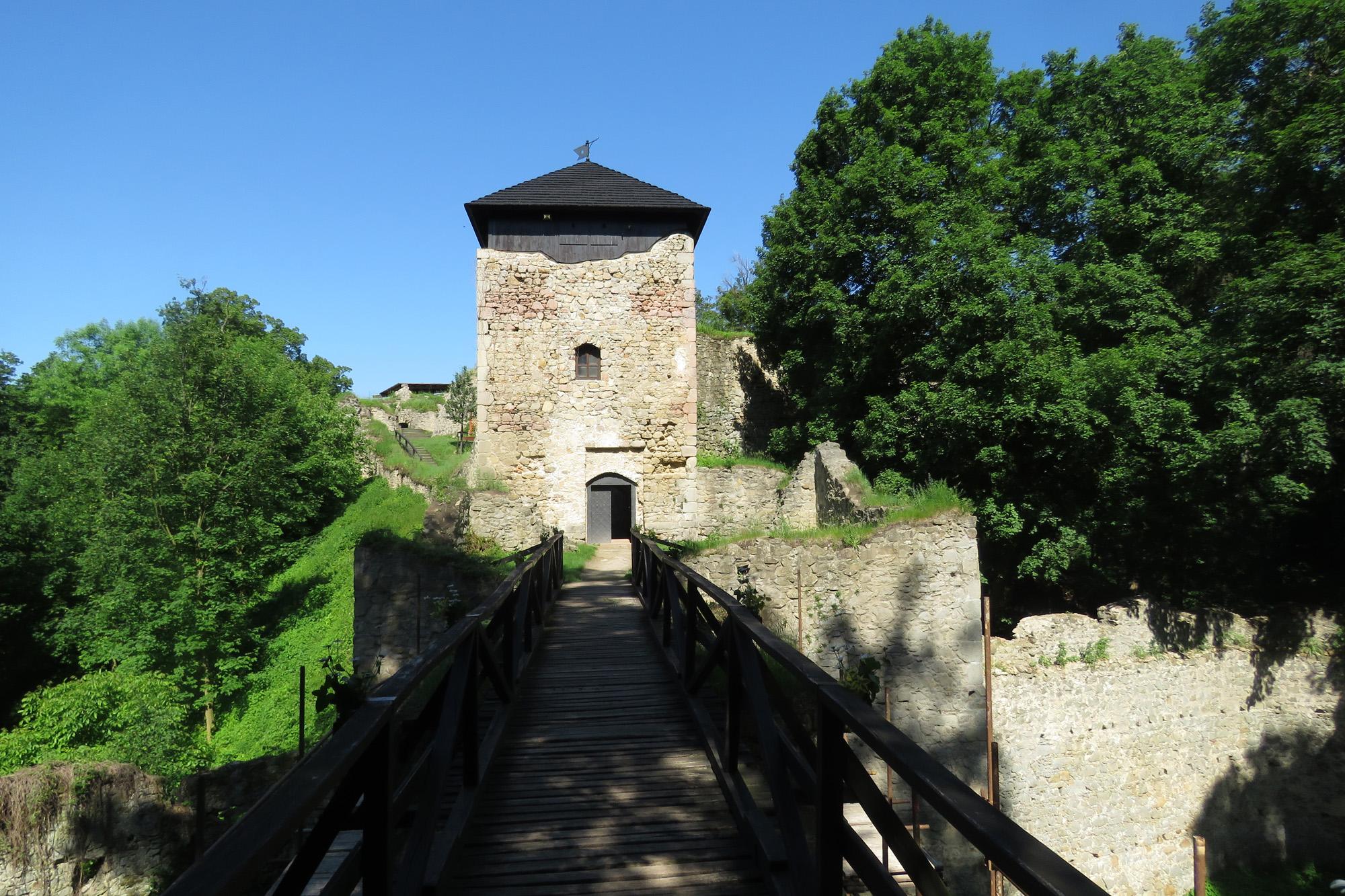 Na hradním mostě - Lukov