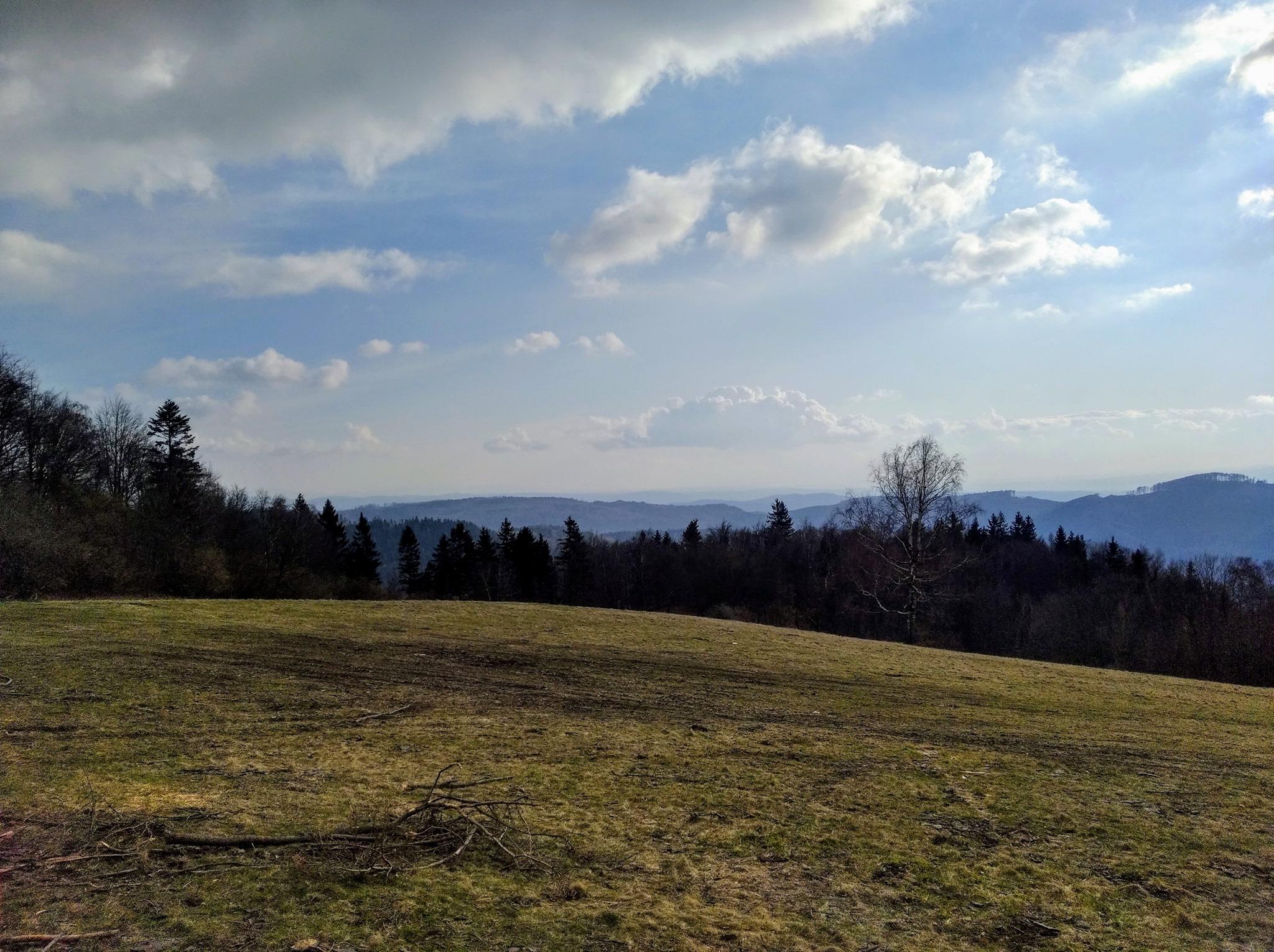 Pohled ze Skalného na jihozápad